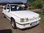 Opel Monza OPEL MONZA 1.6GLi