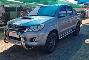 Toyota Hilux 3.0 D-4D D C 4X4