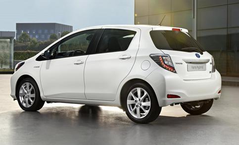 Toyota Yaris 1 0 Xs 5 Door Detail Cars Brick7 Co Za